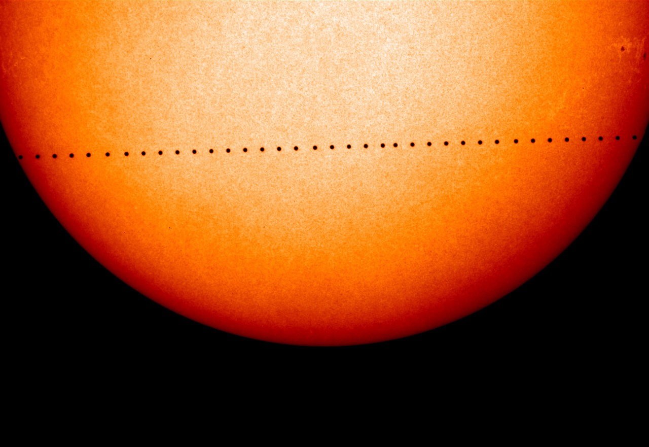 the path of the 2006 transit of mercury across the sun