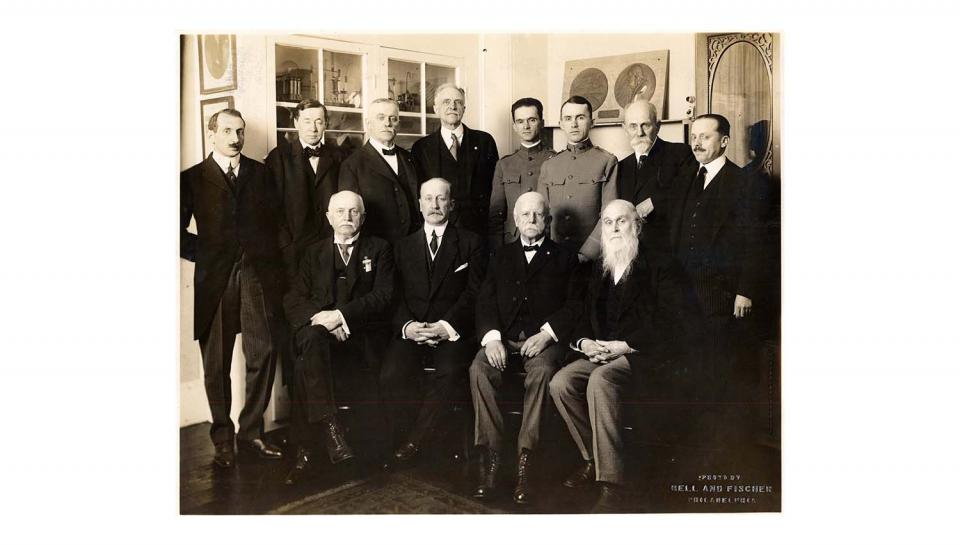 Portrait of principal attendees at Franklin Medal ceremony, 5/18/1918.