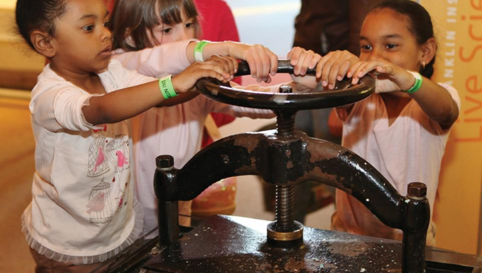 Papermaking is one of many live science demonstrations that the Institute offers visitors.