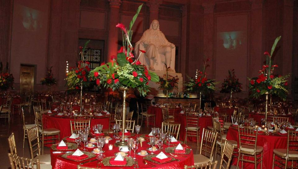 The Benjamin Franklin Rotunda at The Franklin Institute set up to an honorary event.